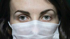 Cuidados com os olhos podem ajudar a prevenir o coronavírus