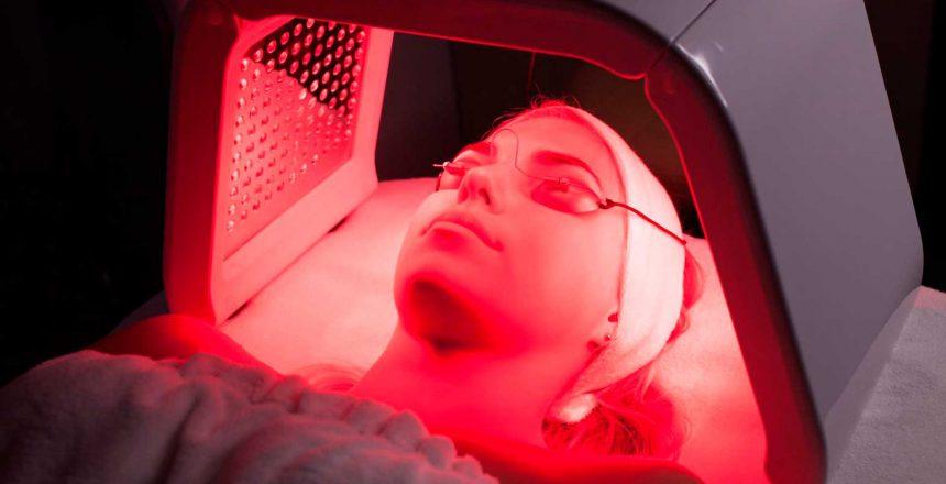 A-luz-vermelha-protege-os-olhos-envelhecidos
