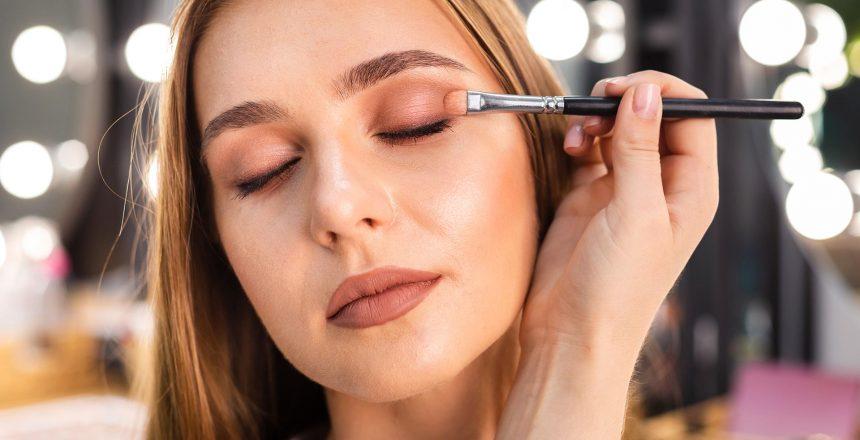 Maquiagem-e-a-saude-dos-olhos